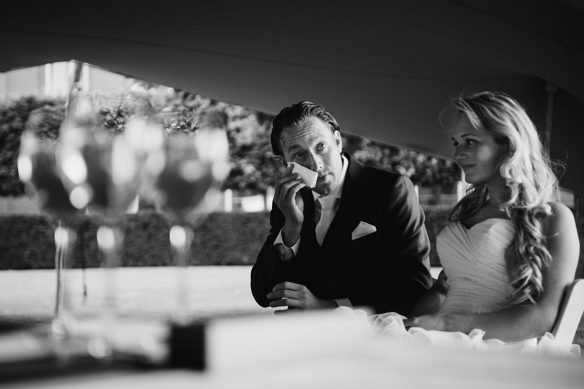 trouwen bij Kasteel de Hoogenweerth Maastricht bruidsfotograaf