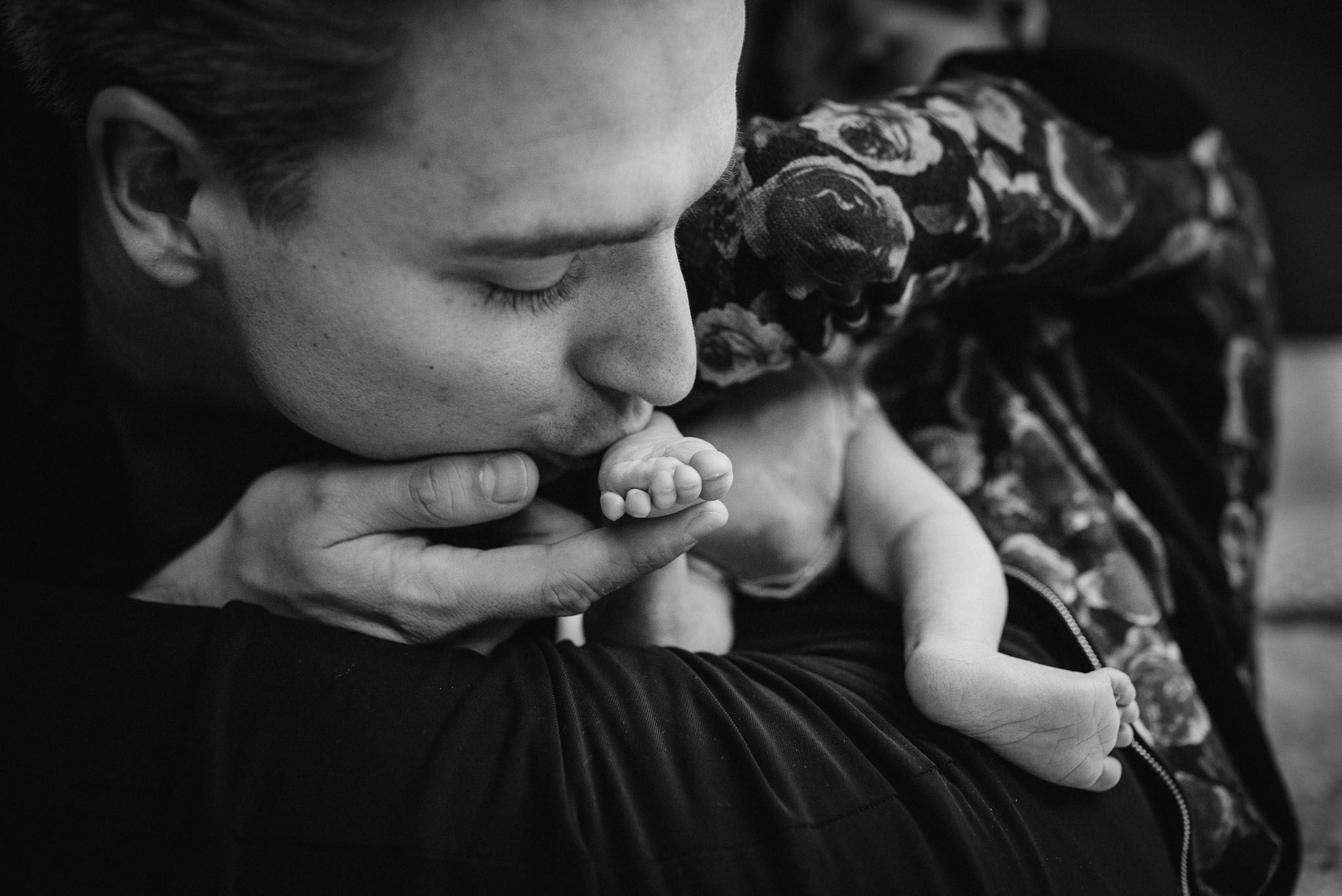 newborn fotoshoot thuis ongeposeerd